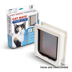 Cat Mate Cat Flap 2 Way Locking Cat Flap - Medium