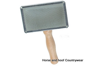 Companion Slicker Brush with Wooden Handle