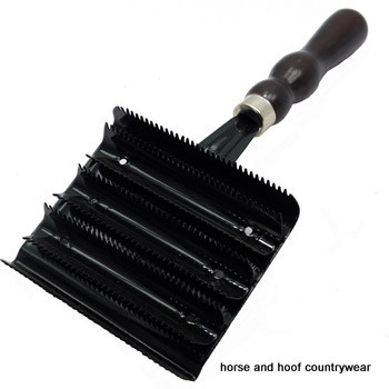 Karoo Equine Premium Quality Curry Comb Metal
