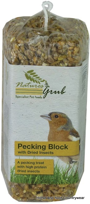 Natures Grub Pecking Block with Insects