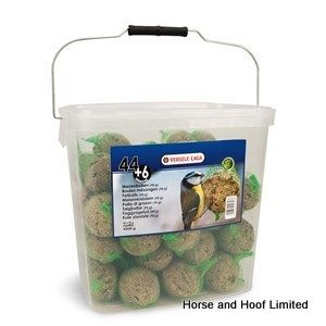 Versele Laga Bucket Fatballs Bird Food With Nets 50 x 90g